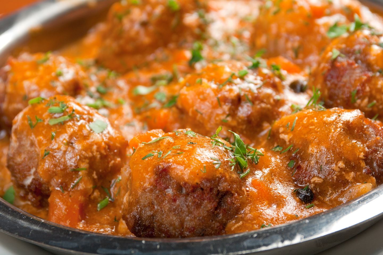 Мясные шарики в соусе в духовке рецепт