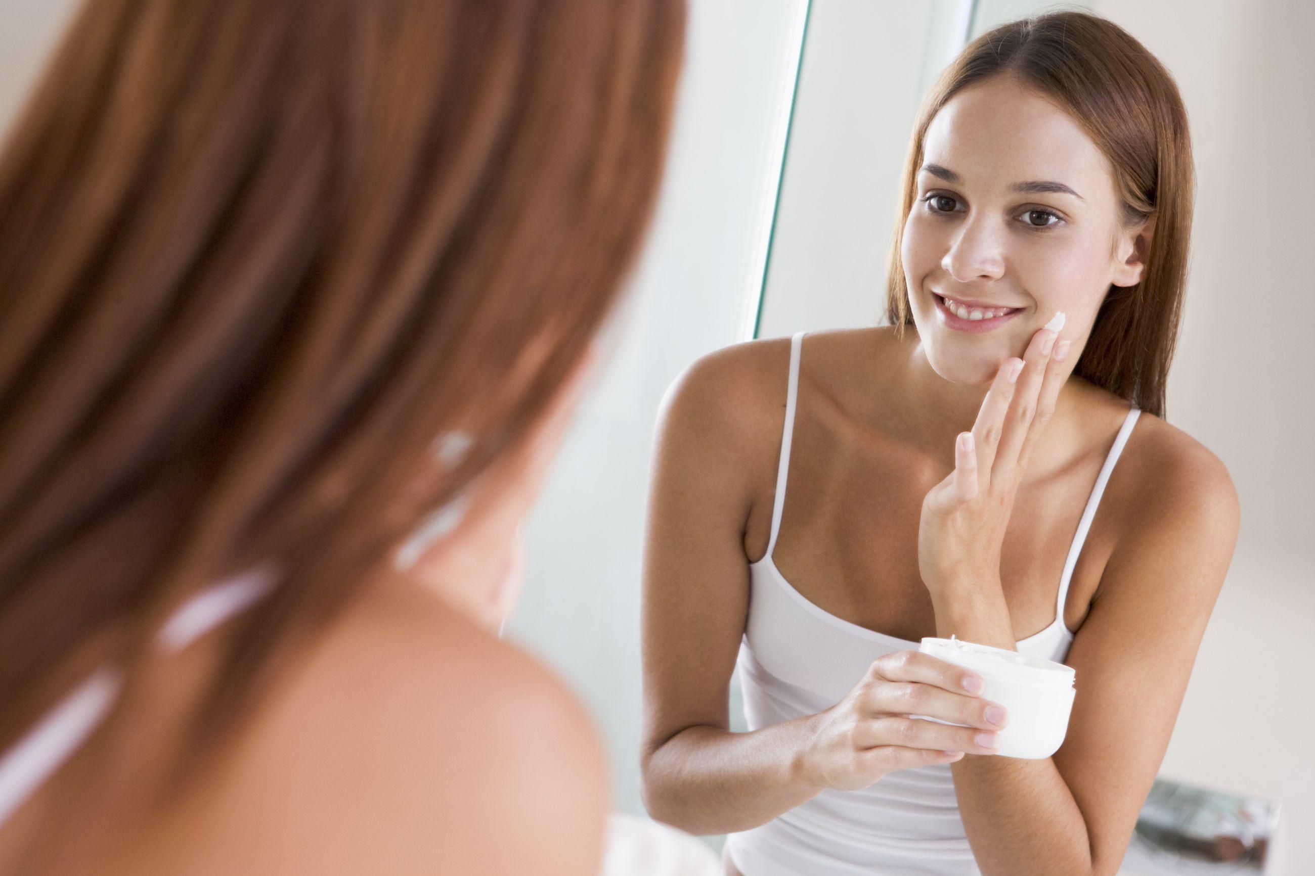 Фото голых девочек перед зеркалом, Девушки у зеркала KyKyRyzO 26 фотография
